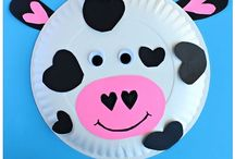 Cow Theme Ideas & Resources / Cow lovers this Pinterest Board is full of as many COW ideas, crafts, resources, lessons, and books as I can find to help you in your Cow Theme Classrooms and Units.  #cows #classroomcowtheme #cowcrafts #cowbooks