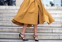 Midi Mania / Inspirações para incluir a saia mídi na sua rotina fashion.