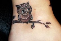 Body Art-Inked / by Lindsey Cover