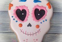 Icing Ideas: Halloween: Skulls