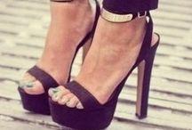 Footwear / by Aarti Khandelwal