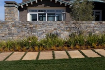 Russet Sandstone / This natural cleft sandstone is awash with earth tones, making it the perfect fit for casually elegant landscapes.