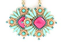 Accessssoriess / Anything you can think of to pop off your style / by Kaelin Summers