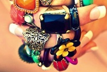 Bee Eye Catching / Don't blend in, be noticed! Fashion Jewelry, Accessories, Color, Style
