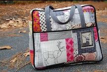 Weekender Bag Tips / The best tips for success with the much feared Amy Butler Weekender Travel bag.