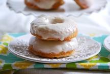 Desserts<3 Mmmmm / by Heather Horton