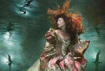 Gothic Glamour / by Zoë Howerska