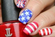 Patriotic nails / Show off your patriotic side!