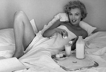 Breakfast (in bed!) / If only i could have breakfast i bed every morning... :)