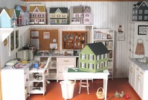 Miniatures and Dollhouses