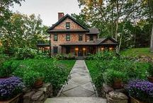 COUNTRY HOMES / Available real estate in the Berkshires.