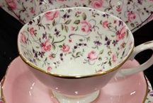 Artistic Teacups / Small and delicate, big and bold, or simply cracked; who doesn't love a teacup?