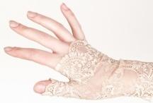 Glove Love. / by kristiina