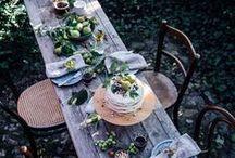 O U T S I D E / Beautiful outside table settings
