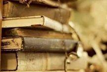 Books Worth Reading / by Nicole Yakubovsky