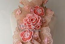 Cachecol Deusa / Cachecol de crochê, com renda e muitas flores