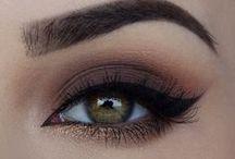 Maquillage des yeux / Tous les plus beaux looks et maquillages yeux pour vous inspirer !