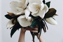 FLEUR / Wild, unstructured blooms are the way to our hearts at GLL xx