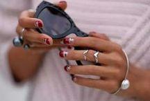 Muitos acessórios / Aqui você verá relógios, pulseiras, brincos, óculos e jóias e claro bijus, em combinações inspiradoras.