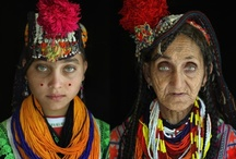 Women around the World / by Dusky Loebel