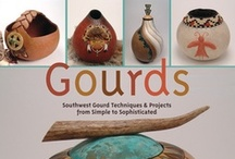 Gourd Crafts / Learn about the art of gourd making. Ideas, step-by-step instructions & more!