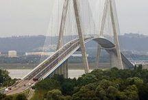 """""""a híd a folyót, átöleli szelíden..."""""""