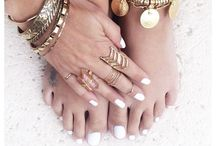 Jewels&Accessories / by Hannah Rae