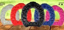 Ferraduras Flexíveis Taurus - IonFlex / As Ferraduras Flexíveis Taurus IonFlex é uma inovação com aplicação de tecnologia e desempenho comprovado em vários Países. O Futuro das Ferraduras, devolvendo a flexibilidade aos cascos, 75% mais leve, 90% mais aderente, absorve 95% do impacto preservando os membros locomotores, coloridas e recicláveis.