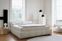 Bedrooms / by Carolina Kist