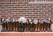 Rustic Wedding Ideas / Mason jars, burlap, and your favorite country wedding ideas