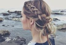 Romantic hair / Lovely, soft and romantic hairstyles: braids, whimsical rolls and ethereal beauty