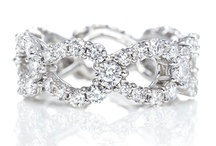 Harry Winston Jewelry Collections / Explore the different Harry Winston Jewelry collections and their influence!