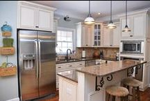 KITCHENS / Kitchens I love, painted cabinets and cute accessories