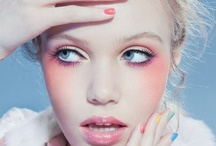 style • beauty & hair / Makeup Hair Helping Beauty / by holograms .
