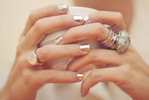 style • accessory+nails / accessorize & detail. / by holograms .