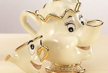 Teapots and Cups / by Autina Celi Silva