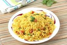 Healthy Upmas for Breakfast - Step by Step Photo Recipes / Upma, a popular south Indian dish which is not only quick to prepare but also healthy to serve in the breakfast or as evening snack. It is prepared using various types of ingredients like semolina, vermicelli, aval (poha / beaten rice flakes), oats, bread, sabudana (sago pearls), vegetables etc.