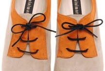 Shoes / by isa