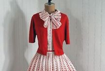 ✢1950s Fashion / 1950s Fashion. Vintage clothing from the age of the New Look. Tiny waists, big skirts, exuberant fabric.
