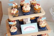 >Cupcake Stands< / by Lisa Riggs