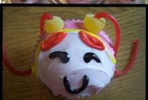 Cupcakes: Party Time! / Fun, themed, or super cute cupcakes!