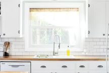 Kitchen to do / by Amber Biddle