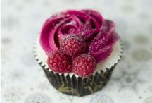 Cupcakes / by Jen Hanna