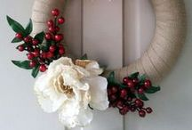 Crafts - Wreaths / by Loni Stevens