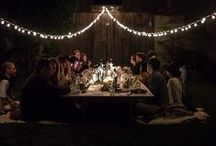 // Let's Gather / Beautiful group photos of people who eat together. Inspiration for decoration, food, events and parties.