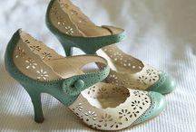 I Kinda Sorta LOVE Shoes / by Stef Nicole