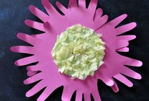 DIY & Crafts - Crafts For Kids / Crafts for the kids. Easy crafts for kids to enjoy. If you would like to collaborate on this board, please email Jenny [at] mylittleme [ dot ] com.