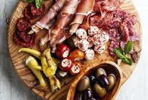 foodie / by Agnieszka Hollis