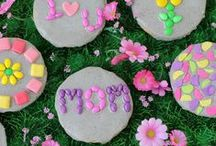 Kids Crafts - Mother's Day Gifts / Mother's Day Crafts and Activities for Kids.  Awesome projects for kids to make for mom on Mother's Day.  / by My Little Me