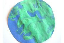 Kids - Earth Day Crafts & Activities / Earth day crafts and Earth Day activities for kids.  / by My Little Me